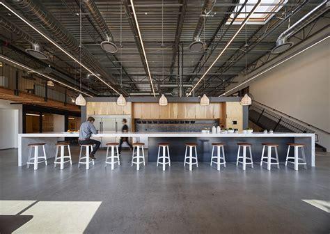 Inside Retail Design Collaborative / Studio One Eleven?s