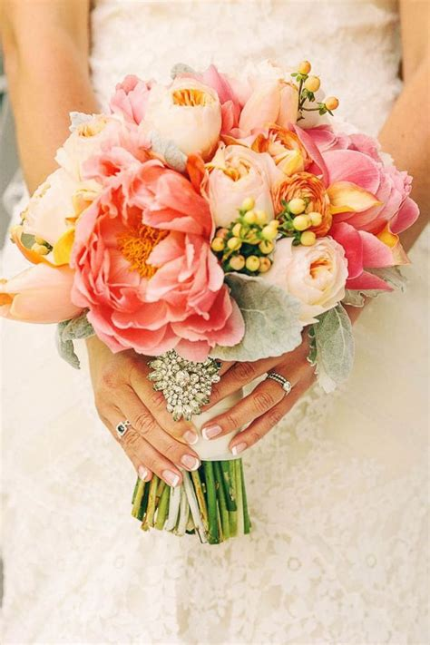 Best 25 Coral Wedding Bouquets Ideas On Pinterest Coral