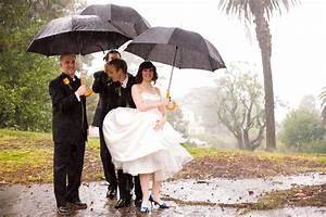 301 moved permanently for Umbrella wedding photos