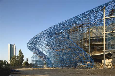 Construction of Heydar Aliyev Center by Zaha Hadid (part 1 ...