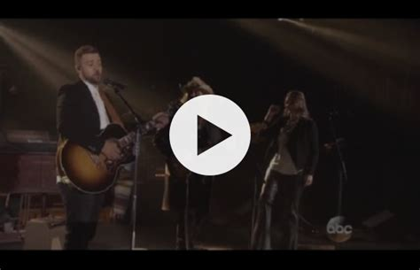 Justin Timberlake Duets With Chris Stapleton For