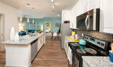 apartments  camp creek atlanta ga  meridian  redwine