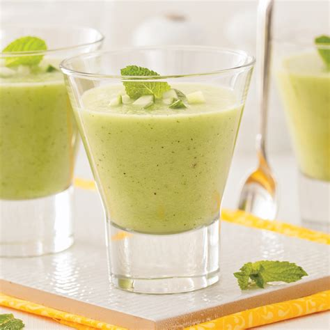 cuisine concombre soupe froide au concombre et menthe en verrines recettes