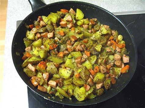 schnelle kartoffel rezepte schnelle kartoffel bratwurst pfanne rezept mit bild chefkoch de
