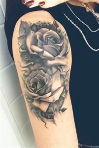 Rosen Tattoos Schwarz : sonja85 rosen tattoo oberarm tattoos von tattoo ~ Frokenaadalensverden.com Haus und Dekorationen