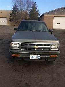 1994 Chevrolet S10 Blazer 4x4  4 3l V