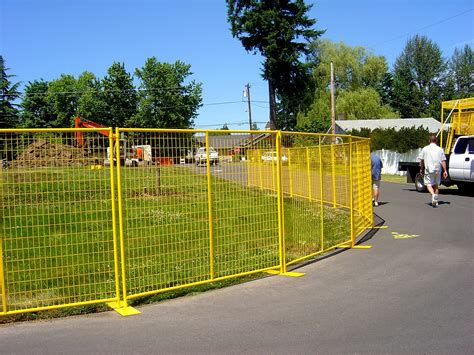 crowd control temporary fence panels perimeter patrol