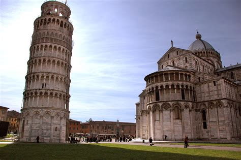hist archisectionb leaning tower of pisa