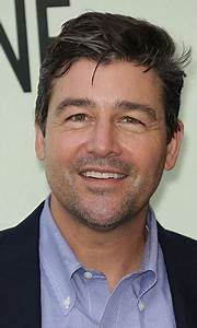 Kyle Chandler Celebrity Profile - Hollywood Life