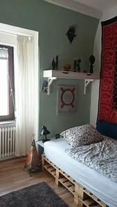 Bett Auf Paletten : die 25 besten ideen zu bett aus paletten auf pinterest ~ Michelbontemps.com Haus und Dekorationen