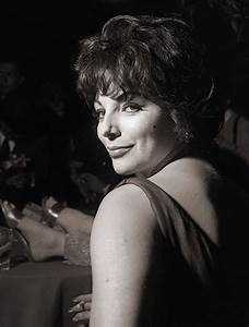 1856 best Joan Collins black@white images on Pinterest ...
