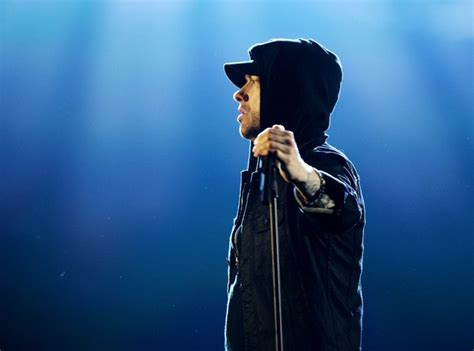 Eminem performed his new song 'Walk On Water' live at the ...