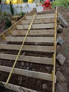 les 25 meilleures idees concernant coffrage escalier beton With comment faire un escalier en beton exterieur