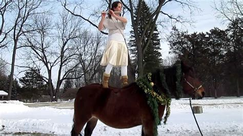 christmas decorating with horses day 1 danse des mirletones decorating your for