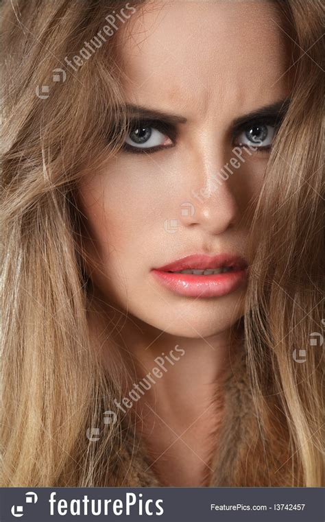 picture  woman  angry face expression