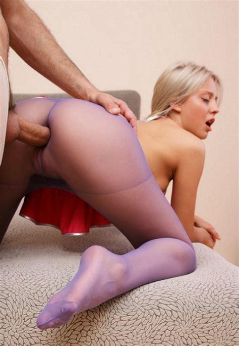 Through Her Pantyhose Into Her Ass 2350