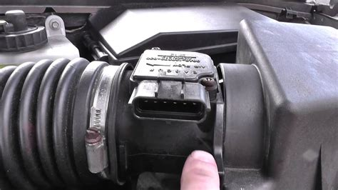 ford focus mass airflow meter maf location video youtube