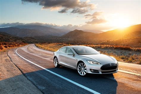 Tesla Model S News by 2013 Tesla Model S New Options Packages And Prices