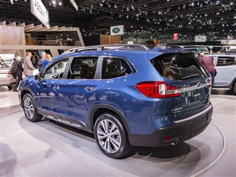 subaru ascent     seater suv video suv trend