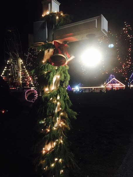 edaville usa s christmas festival of lights a must see