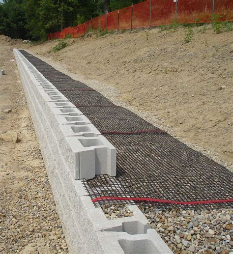 Uniblock Wall by 5 Tips For An Everlasting Block Retaining Wall