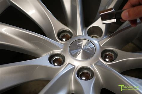 Download Does Tesla 3 Come With Lug Wrench Gif