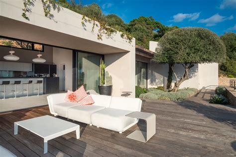 cuisine ouverte sur s駛our superb villa for rent overlooking the gulf of porto vecchio