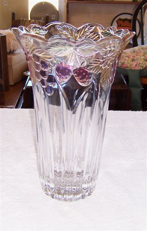 triple  resale mikasa crystal vase tinted grapes pattern