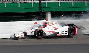 Accident Bourdais Indianapolis : auto racing sebastien bourdais crashes at indy taken off on backboard the salt lake tribune ~ Maxctalentgroup.com Avis de Voitures