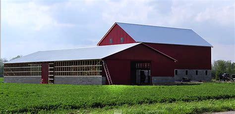 Amish Barn Raising by Amish Barn Raising Amish Craftsman Build This Barn