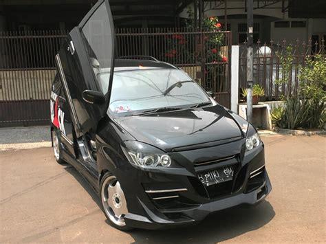 modifikasi mobil daihatsu all new xenia li deluxe hitam putih sporty elegan keren ceper 2018