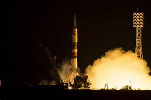 Soyuz Rocket Boosts Crew to the International Space ...