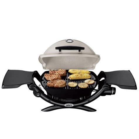 weber q 1200 gaskartusche weber q 1200 portable propane grill weber 51060001 gas grills cing world