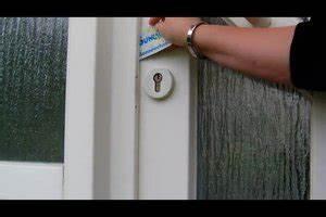 Tür öffnen Mit Colaflasche : t r ffnen mit draht richtig handeln wenn sie sich ~ A.2002-acura-tl-radio.info Haus und Dekorationen
