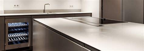 showroom cuisine cuisine plan de travail évier et vasques en v korr