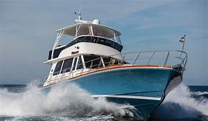 2014 Grand Banks 55 Eastbay FB Review - Top Speed