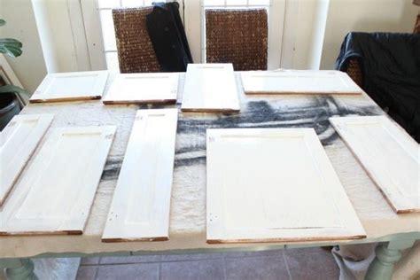 sw kitchen cabinets dover white kitchen cabinets lighten up your kitchen