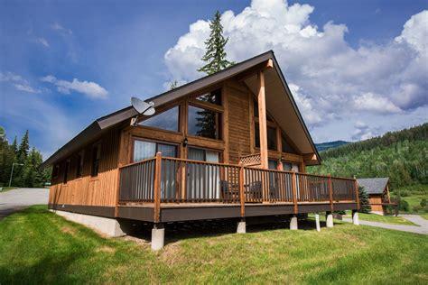 Bedroom Kitchen Gallery by 1 Bedroom Chalet Alpine Meadow Resort Clearwater Bc