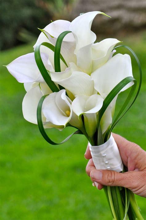 wedding bouquets flowers  brides