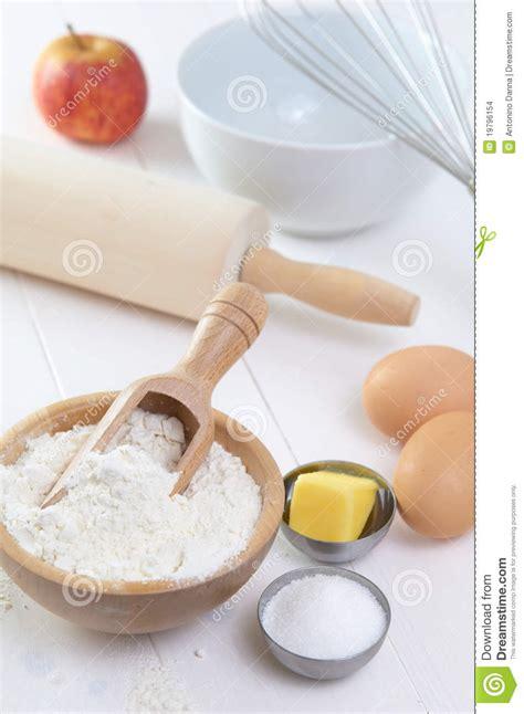 ingredients to make a cake ingredients to make a cake stock images image 19796154