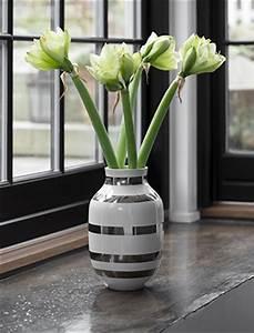 Vase Silber Groß : k hler design omaggio vasen skandinavische wohnaccessoires ~ Eleganceandgraceweddings.com Haus und Dekorationen