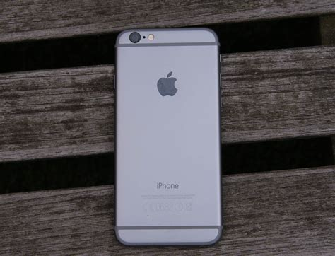 metal iphone 6 apple iphone 6 review a iphone that belongs in the