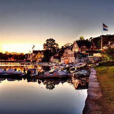 Boathouse Row's Beautiful 19thcentury Boat Houses Glow On