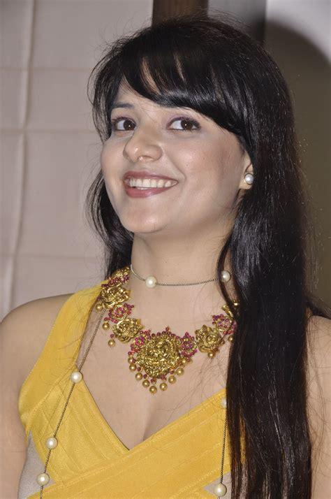 Saloni Latest Hot Photos At Hiya Jewellery Event - Heroine ...