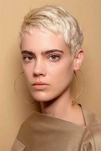 Coiffure Cheveux Court : coupe courte blond platine automne hiver 2018 les plus ~ Melissatoandfro.com Idées de Décoration