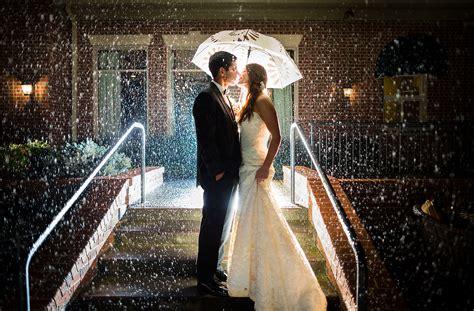 dc wedding photographers umbrella wedding
