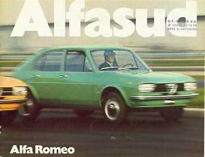 La Collezione Di Materiale Cartaceo Alfa Romeo