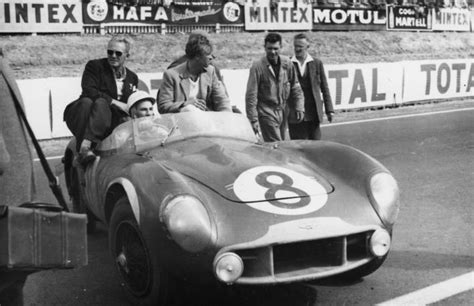 le mans org sir stirling moss quot atmosphere of the 24 hours of le mans in 1950 was