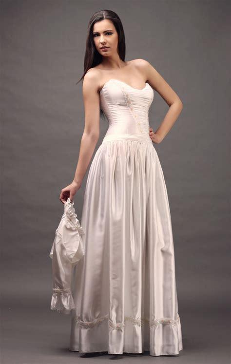 rokoko menyasszonyi ruha @ designer wedding dress