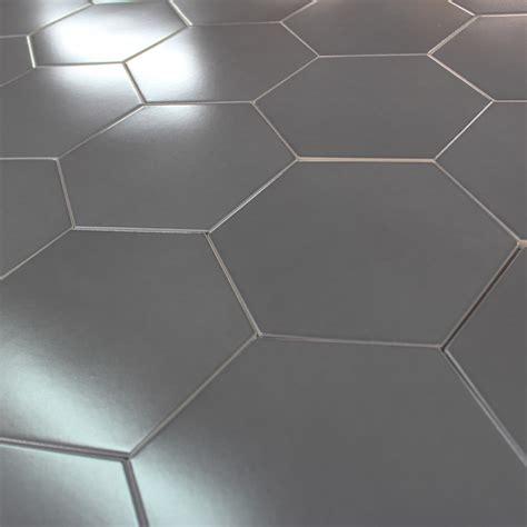 carrelage hexagonal gris graphite sol et mur parquet